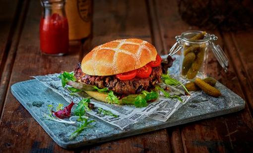 Vegetarburger med sopp og svarte bønner